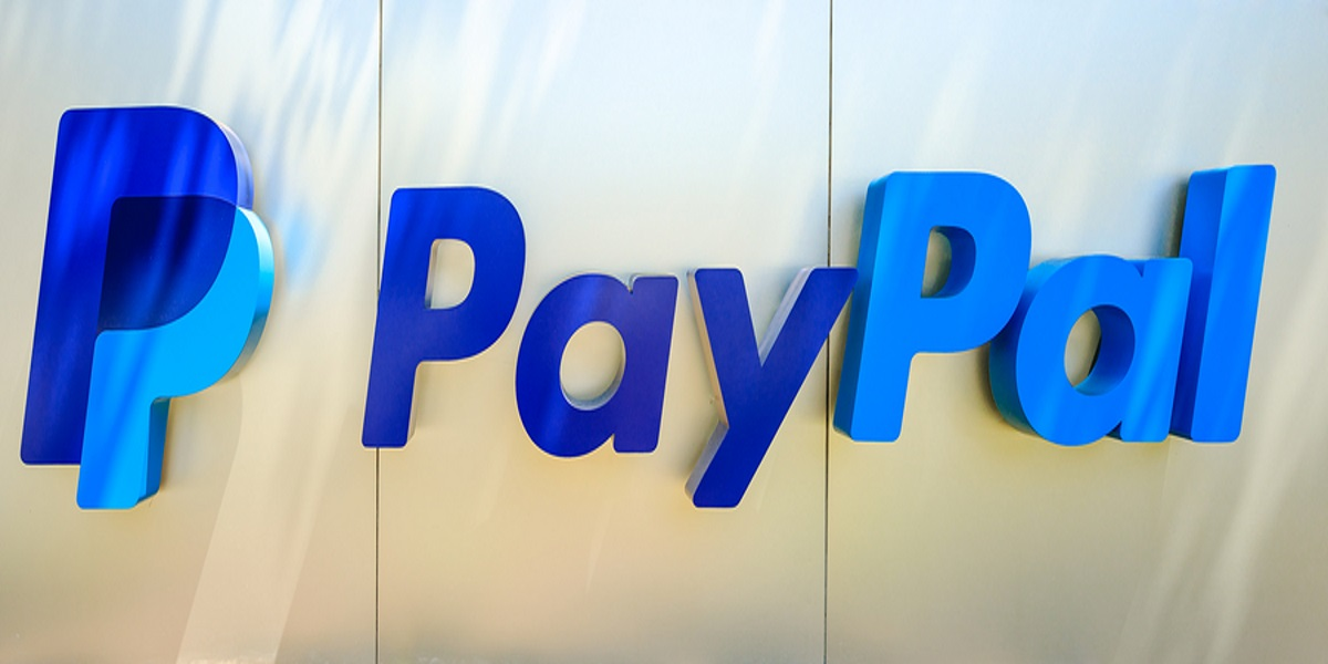 Photo of the PayPal sign at the California headquarters